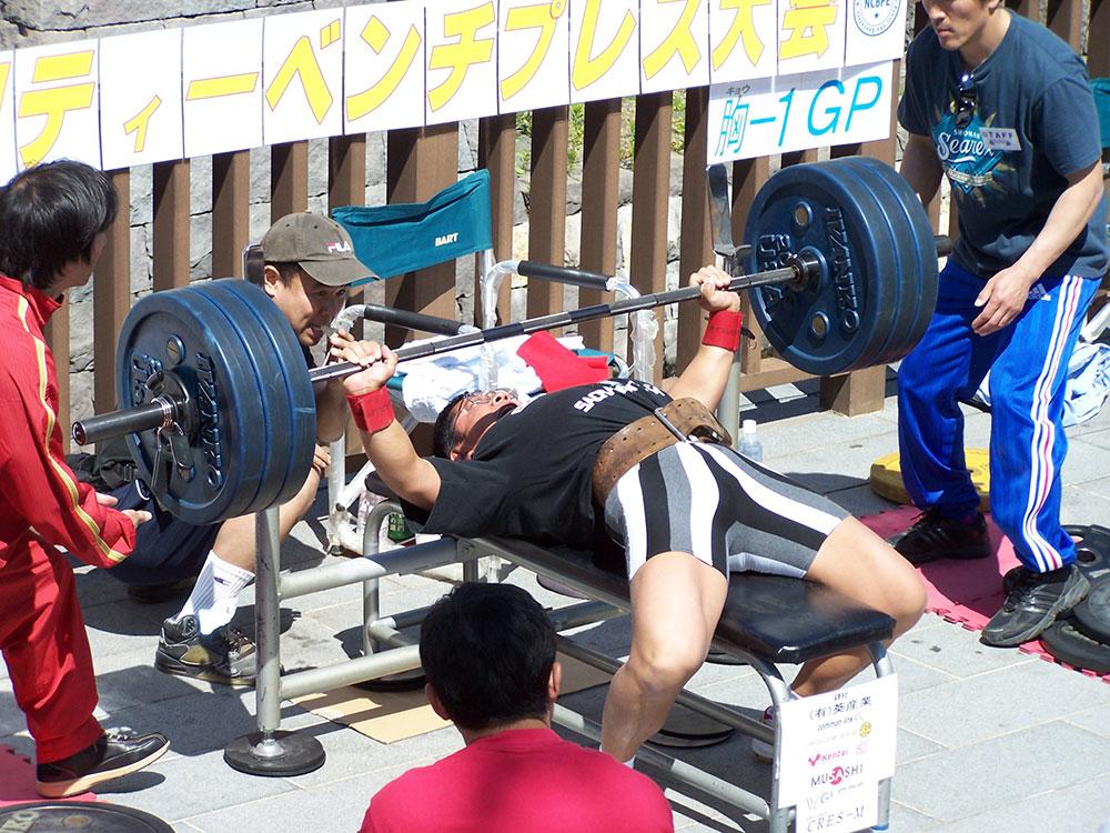 2007年長野県チャリティベンチプレス大会75kg級 優勝 記録142.5kg